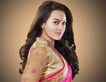 sonakshi-sinha-super-gorgeous-saree