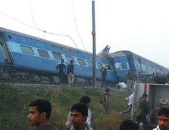 kanpur-train-accident10