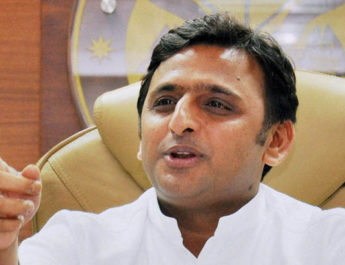 Lucknow : Uttar Pradesh Chief Minister Akhilesh Yadav while addressing the press conference at CM's office in Lucknow on Thursday. PTI Photo by Nand Kumar (PTI10_16_2014_000050B)