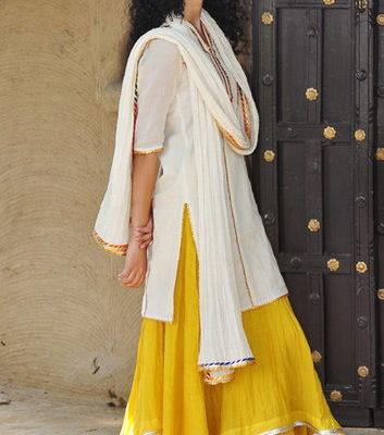 woman-in-kurta-with-skirt